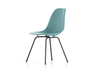 DSX Eames Plastic Side Chair