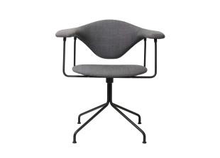 Masculo Chair mit Drehgestell