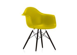 DAW Eames Plastic Armchair