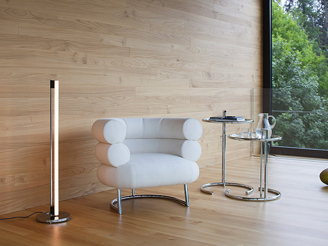 Classicon Tube Light Stehleuchte und Adjustable Table