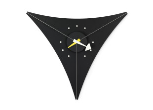 Triangle Clock Black Edition