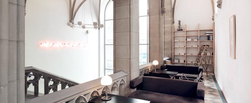 the qvest hotel the qvest shop. Black Bedroom Furniture Sets. Home Design Ideas
