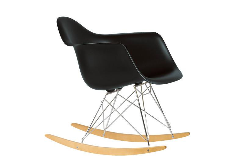 Stilmix mit Möbelstücken aus unterschiedlichem Zeitalter