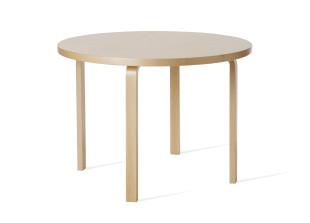 Aalto Table 90A Tisch