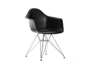 DAR Eames Plastic Armchair
