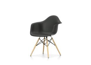 DAW Eames Plastic Armchair alte Höhe