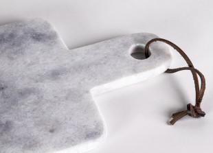 Schneidebrett aus Marmor