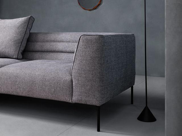 Botero Sofa von Zanotta