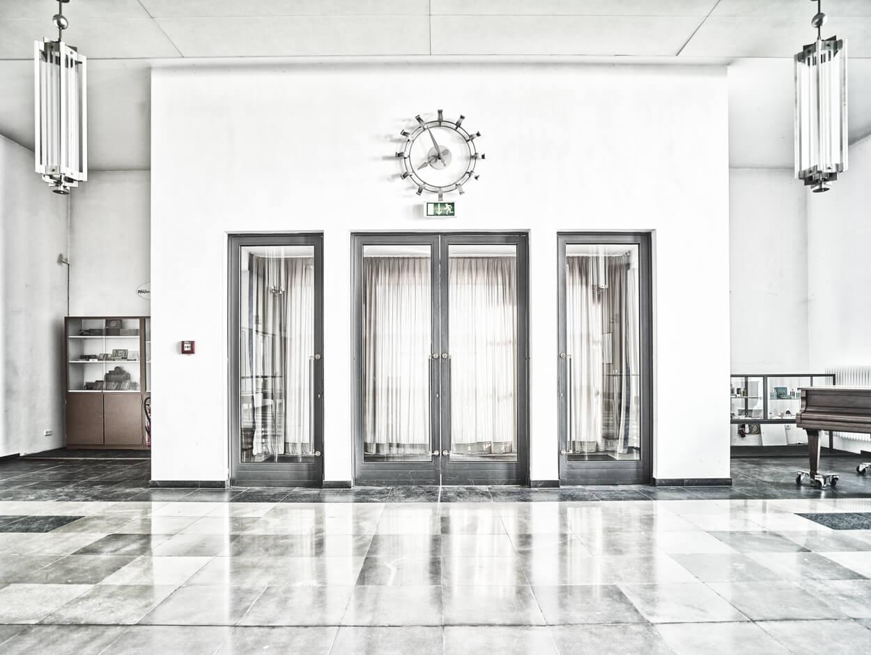 """Großer Empfang: Die ehemals """"Kaiserliche Fliegerstation und Flugschule"""" Butzweilerhof bei Köln-Ossendorf war 1911 Kölns erster ziviler Flughafen."""