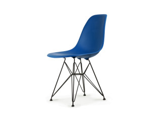 DSR Plastic Side Chair Auslaufmodell